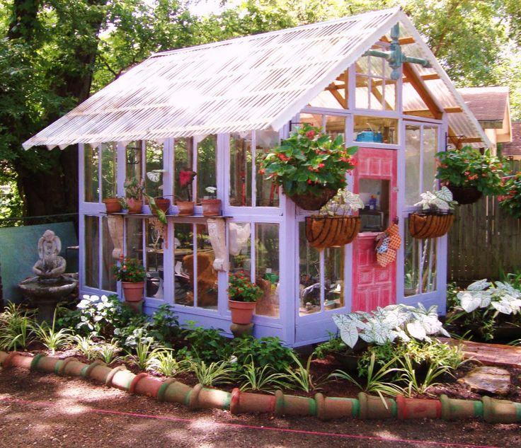 Garten vor Unwetter schützen Gewächshaus Beispiel